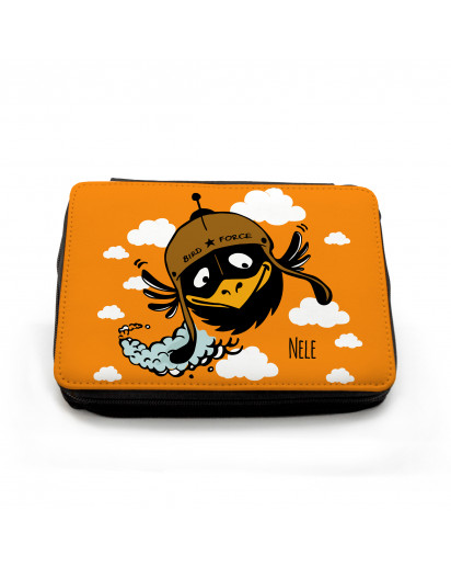 Gefüllte Federtasche fliegender Vogel Birdforce mit Wolken und Wunschnamen filled pencil case flying bird bird force with clouds and custom name fm054