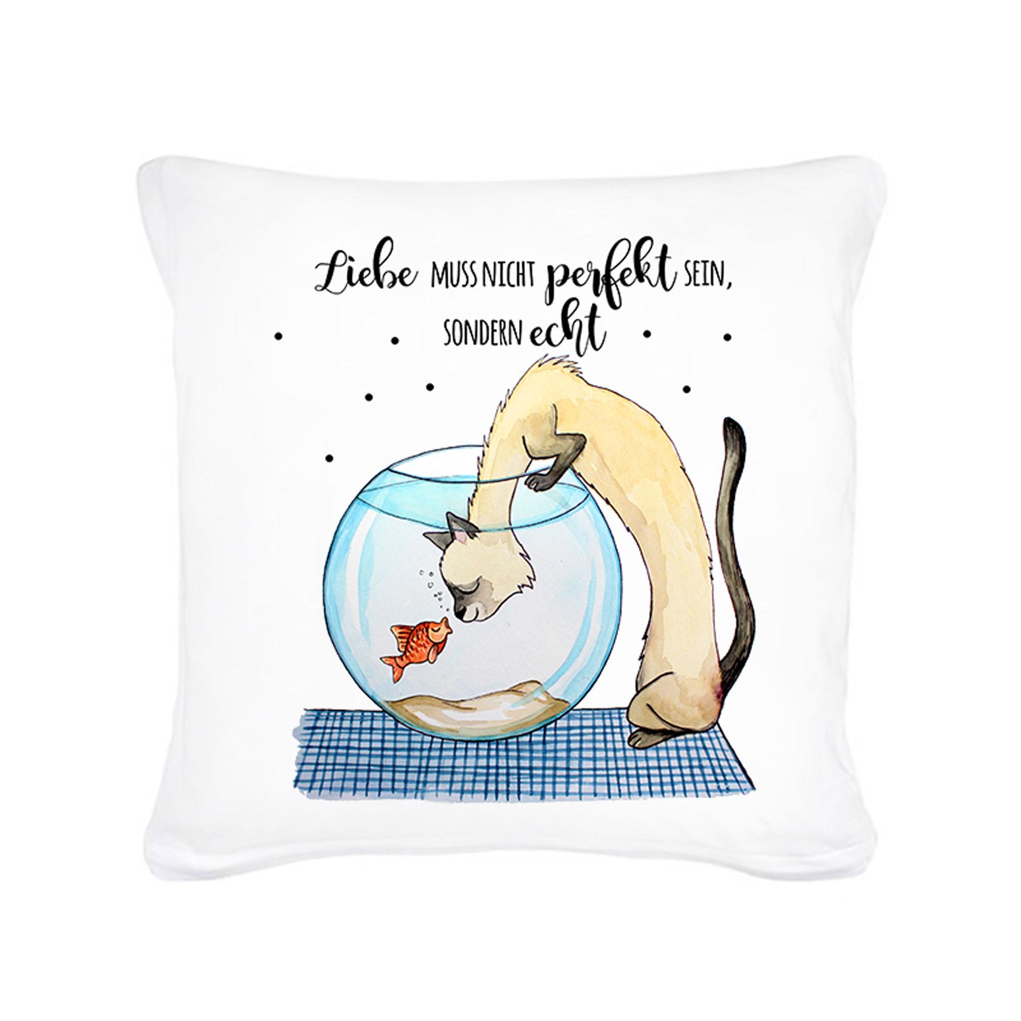 kissen katze mit goldfisch und spruch liebe muss nicht perfekt sein inklusive f llung k37. Black Bedroom Furniture Sets. Home Design Ideas