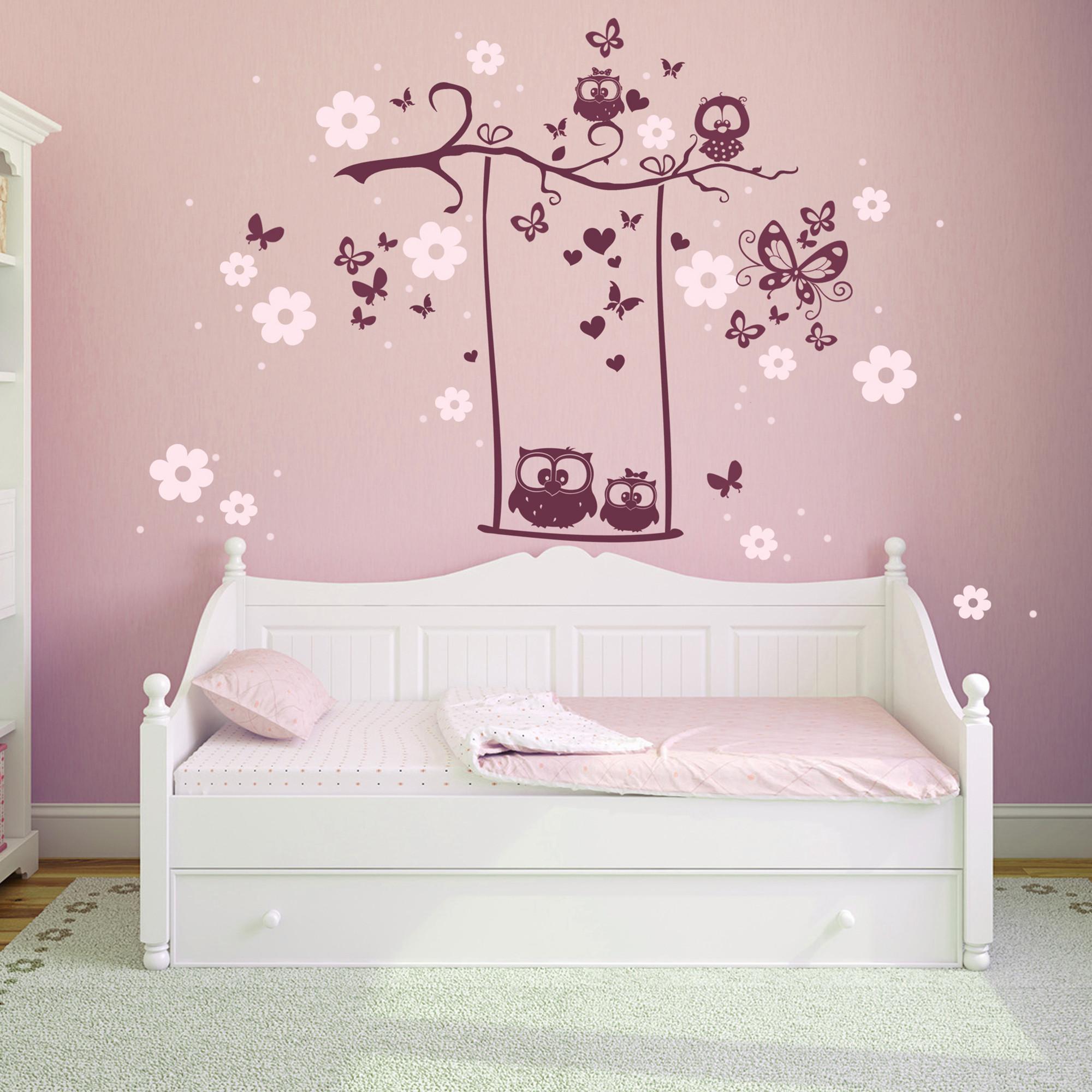 wandtattoo eulenschaukel eulen auf ast mit bl ten und schmetterlingen zweifarbig m1024. Black Bedroom Furniture Sets. Home Design Ideas