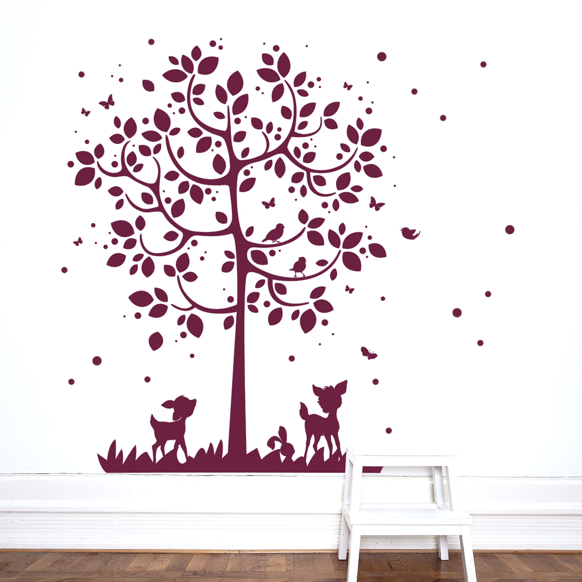 wandtattoo wandsticker baum mit reh hasen v gel schmetterlinge und punkte m2126 wandtattoos. Black Bedroom Furniture Sets. Home Design Ideas