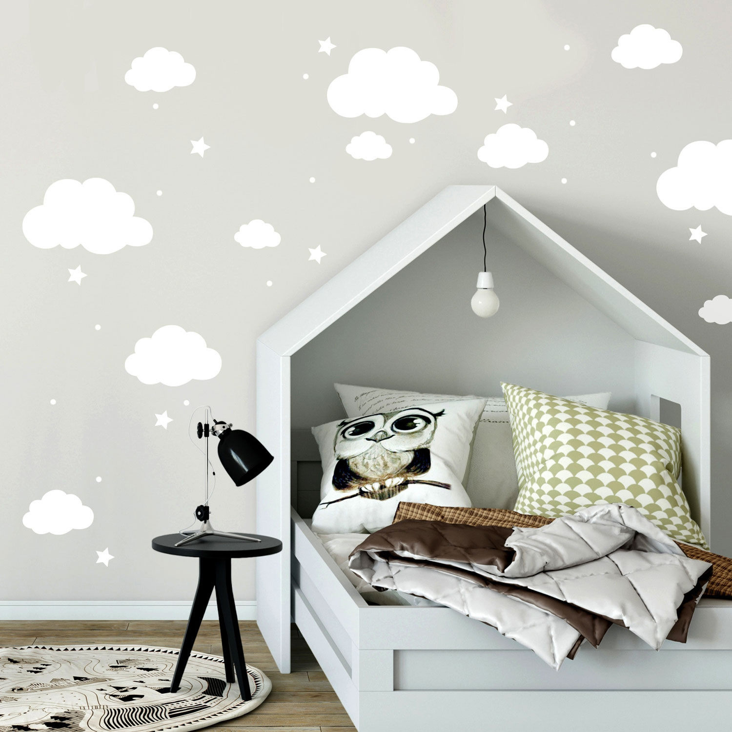 wandtattoo mit wolken sterne punkte in wei kinderzimmer. Black Bedroom Furniture Sets. Home Design Ideas
