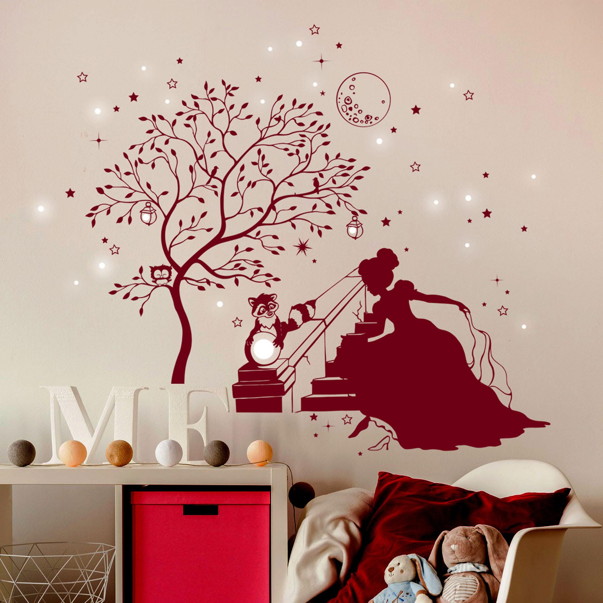 wandtattoo prinzessin cinderella mit zauberbaum waschb r hase und fluoreszierende sterne m1716. Black Bedroom Furniture Sets. Home Design Ideas