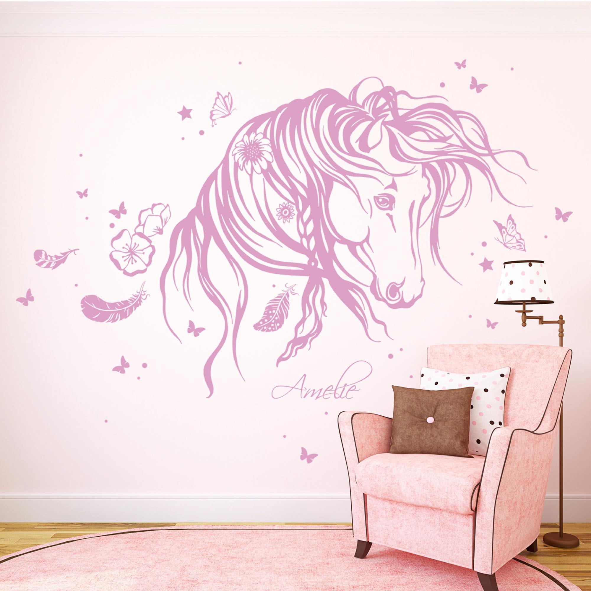 wandtattoo pferd wildpferd mit blumen federn und. Black Bedroom Furniture Sets. Home Design Ideas
