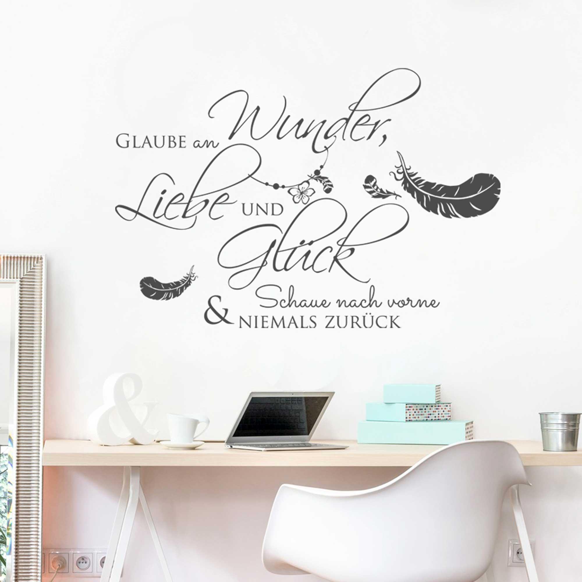 wandtattoo zitat spruch glaube an wunder liebe und gl ck. Black Bedroom Furniture Sets. Home Design Ideas