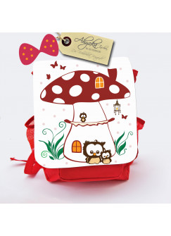 Kinderrucksack Fliegenpilzhaus mit Eulen Schmetterlingen und Wunschnamen kgn015