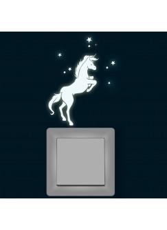 Lichtschalteraufkleber Leuchtsticker Wandtattoo Einhorn mit Schmetterlinge und Sternen fluoreszierend nachtleuchtend M1400