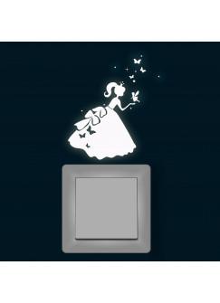 Leuchtsticker Lichtschalteraufkleber Cinderella Prinzessin Schmetterlinge fluoreszierendes Wandtattoo M1401