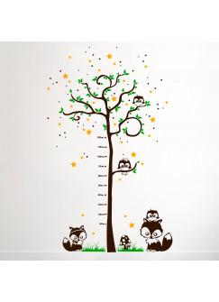Wandtattoo Messlatte Baum mit Eulen Füchsen Sternen und Punkte dreifarbig M1178