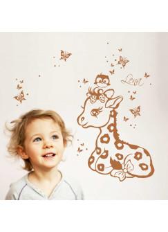 Wandtattoo Giraffe Schmetterlinge und Eule mit Wunschnamen M1240