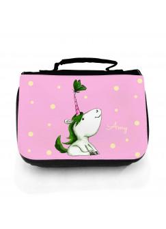Waschtasche Einhorn pink grün mit Schmetterling und Namen wt149