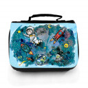 Waschtasche Waschbeutel Kulturbeutel Kosmetiktasche Weltraum Astronat mit Planeten Sonne Mond Sterne Kometen Raketen und Wunschnamen washbag toilet bag sponge bag cosmetics bag travel washbag outer space with astronaut planets sun moon stars comets rocket