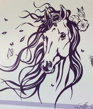 Wandtattoo Pferd mit Wunschnamen